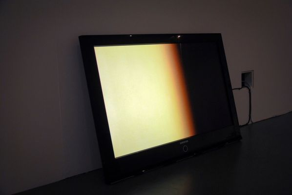 Non Place 2, Rob-Bowman, 2017, 2 tube-light, camcorder, monitor, cables